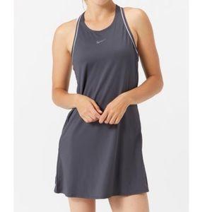 🏷 Nike Court Dress